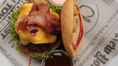 grubas : Bacon On Cheeseburger Sandwich