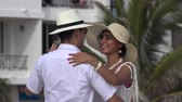 admiração : Romantic Couple Dancing On Vacation