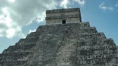 chichen : timelapse of the mayan ruins at chichen itza, yucatan, mexico. Stock Footage