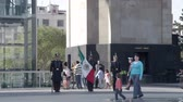 exército : timelapse of guards at monument in mexico city Vídeos