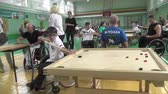 otimismo : People with disabilities go in for sports