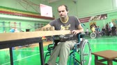 cadeira de rodas : People with disabilities go in for sports