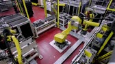 rampa : Robotic Arm production lines Stok Video
