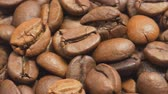fabricado cerveja : Roasted coffee beans. Selective focus.