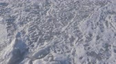 kryształ : Walking on the frozen sea. Hand hield footage. Wideo