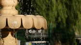 pulverizador : Slow Motion Dripping Water on Fountain. Stock Footage