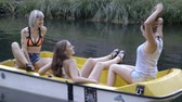 przyjaźń : Friends in a small boat on river Wideo