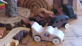 hipopótamo : Wooden toys on the table in workshop.