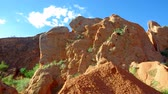 fadas : Fairy Tale Canyon, rock formations on the Issyk-Kul lake. Kyrgyzstan.Central Asia Vídeos