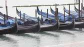 luk : Gondolas are the typical boats in Venice Dostupné videozáznamy