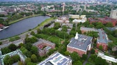 viagens de negócios : Aerial lateral flight over Harvard University Cambridge MA USA Stock Footage