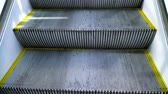 шаг : The rise of the escalator in the first person.