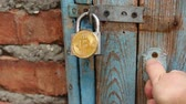 šifra : Segwit locking in on Bitcoin. Bitcoins on padlock