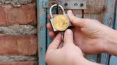 šifra : Bitcoin security concept. Closes the lock. Bitcoin cold storage