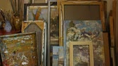 warsztat : The Living Art Room Studio Space. Storage for canvases. Tilt up. Painted, painting, brushing, framing Wideo