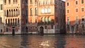 gondoliere : Architecture in Venice at sunset. Grand canal in venice