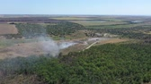 zwerfvuil : Aerial view of a burning garbage dump.