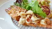 ebéd : Grilled Prawns with Fresh Salad