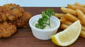 dorsz : Fish and Chips with sauce