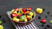 morango : Assorted and mixed fruits