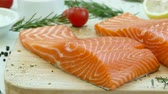 zalm : Close-up zalmfilet Stockvideo