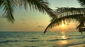 písky : Beautiful tropical beach and sea landscape at sunset time