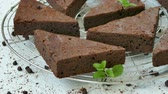 almendras : Pastel de chocolate brownie