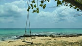 tropikal meyve : Nature with tropical sea and beach on white cloud and blue sky