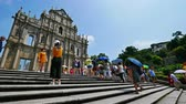 kalıntılar : Ruins Of Saint Pauls Cathedral Landmark at Macau Stok Video
