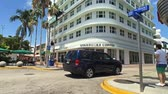 pensilvanya : Miami Beach, Florida USA - April 7, 2018: Time lapse video of the popular Lincoln Road outdoor mall with retail stores and restaurants.