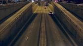 způsob dopravy : Night traffic scene in Barcelona, ??on a highway in and out of the city, top view.Time Lapse Dostupné videozáznamy