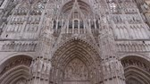 normandiya : Cathedral front exterior at Rouen, Normandy France, TILT Stok Video