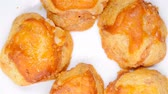 comida chinesa : sweet mini chewy cakes