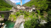 schweiz : Lavertezzo village is very famous because of double arch stone bridge at Ponte dei Salti, Verzascatal, Ticino, Switzerland
