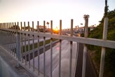 dálnice : 5k Dolly time lapse, Sunset freeway overpass during rush hour