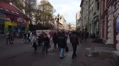 pěší : 19 OCTOBER 2019, ARBAT STREET, MOSCOW, RUSSIA: People walking on street at Arbat district in Moscow, Russia. Dostupné videozáznamy