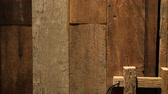 antiguidade : Old rustic teak wood plank door texture, old style lock video 4k