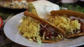 hidratos de carbono : Mexican Cheese Taco And Burrito Huge Plate