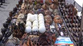 struś : South Africa Souvenir Wood Crafted Animal Dolls And Handmade Stuffs Wideo