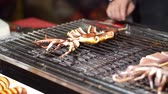 grelhado : Street food grill squid at local market