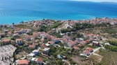 oud huis : Idyllic hill village town mountains of Split aerial view, region of Croatia near sea. Stockvideo
