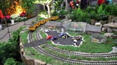 trein : Brookside Gardens Kerstmis Model Train Vertoning Stockvideo