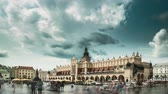всемирного наследия : Krakow, Poland. Main Market Square In Cloudy Summer Day. Famous Landmark. Unesco World Heritage Site
