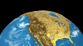 órbita : Gold rotating Earth planet isolated on black background. Spinning 3d earth globe seamless looping animation. America, europe, africa, asia, australia on world map.