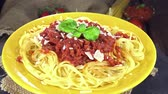 bez szwu : Spaghetti with Tomato Sauce (seamless loopable) 4K footage