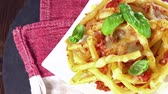 bez szwu : Homemade Pasta Bake seamless loopable 4K UHD footage