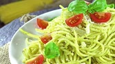 песто : Pasta with pesto sauce (loopable)