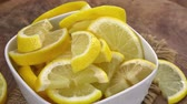 úsek : Fresh made chopped Lemons as not loopable 4K UHD footage