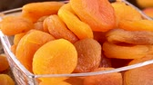 абрикос : Homemade Dried Apricots (rotating) as detailed 4K UHD footage (seamless loopable)
