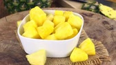 Diced Pineapple as seamless loopable rotating 4K UHD footage Vídeos